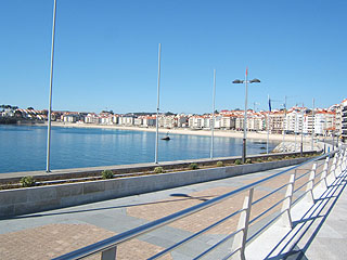 Views of the Paseo Maritimo